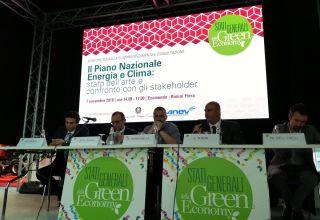 Rinnovabili elettriche: un (parziale) ravvedimento dei 5 Stelle?